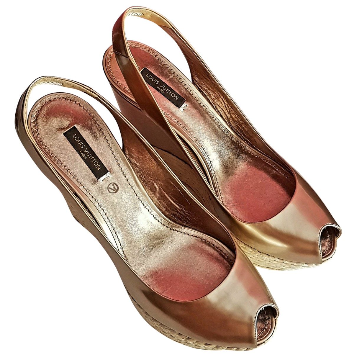 Louis Vuitton \N Metallic Patent leather Espadrilles for Women 40 EU