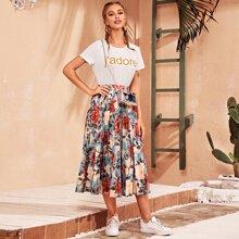 T-Shirt mit Buchstaben Grafik und Rock Set mit Blumen Muster und Falten