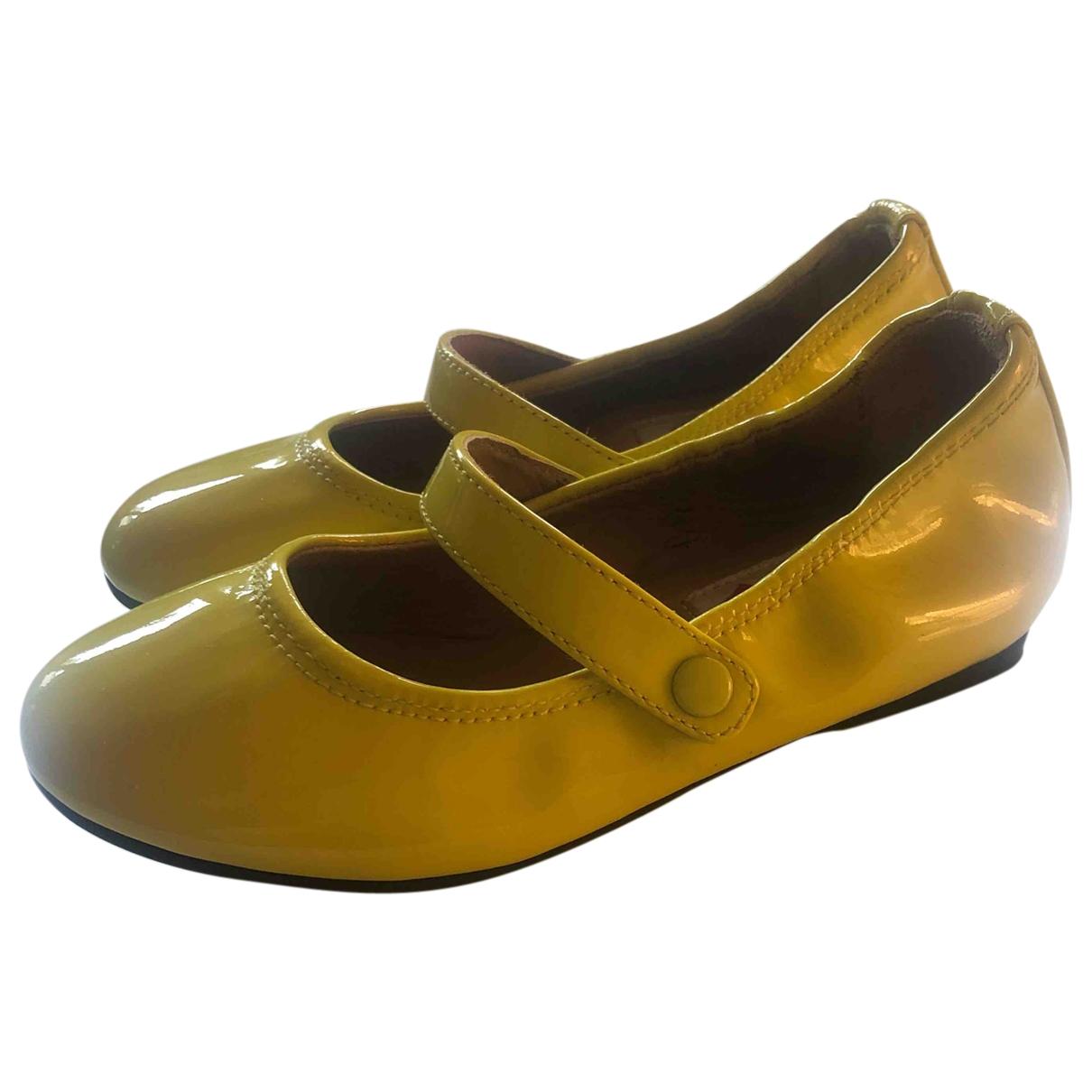 Lanvin \N Yellow Patent leather Ballet flats for Kids 26 EU