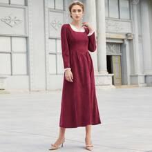 Vestido ribete con fruncido de pana de color combinado