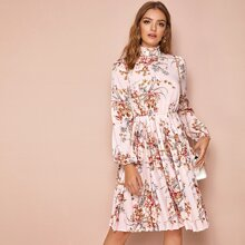 Frilled Neck Floral Print Pleated Dress
