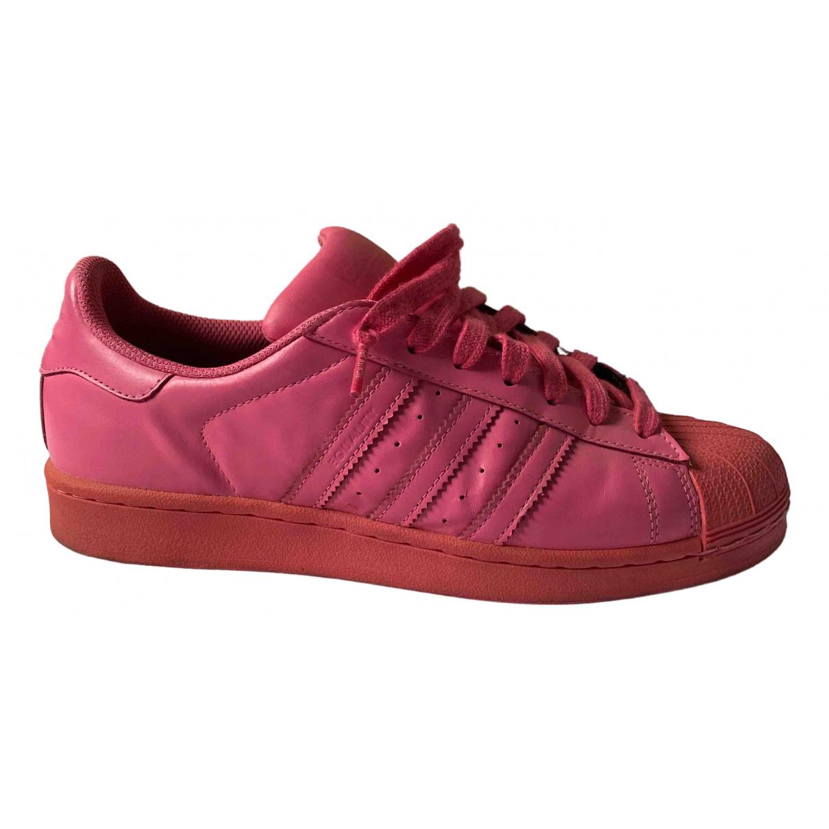 Adidas Superstar Sneakers in  Rosa Leder