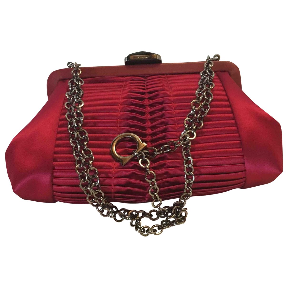 Salvatore Ferragamo \N Red Silk Clutch bag for Women \N