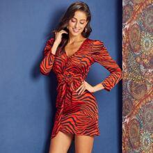 Satin Kleid mit Zebra Streifen, Schnalle und Guertel