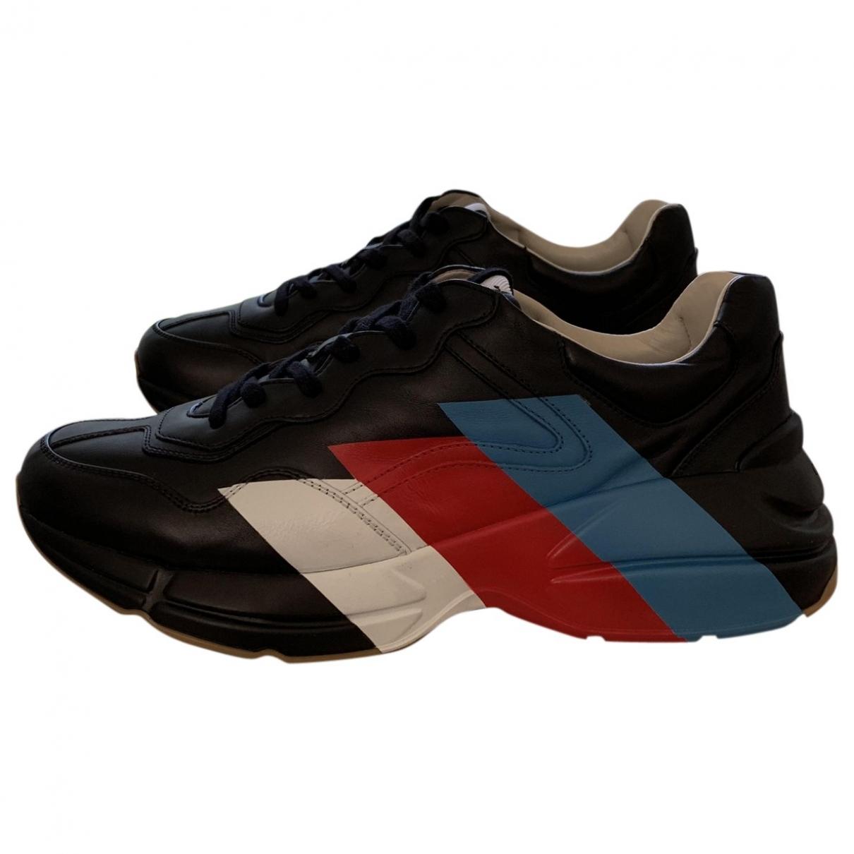 Gucci Rhyton Sneakers in  Schwarz Leder