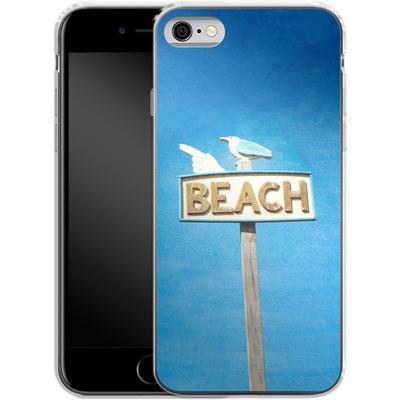 Apple iPhone 6 Silikon Handyhuelle - Beach von Joy StClaire