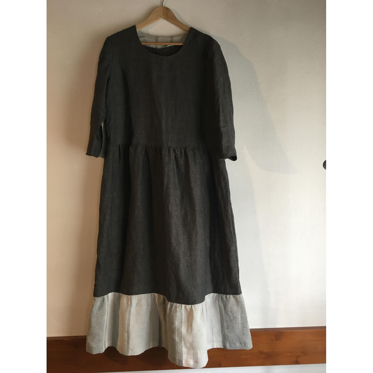 Non Signé / Unsigned \N Anthracite Linen dress for Women L International