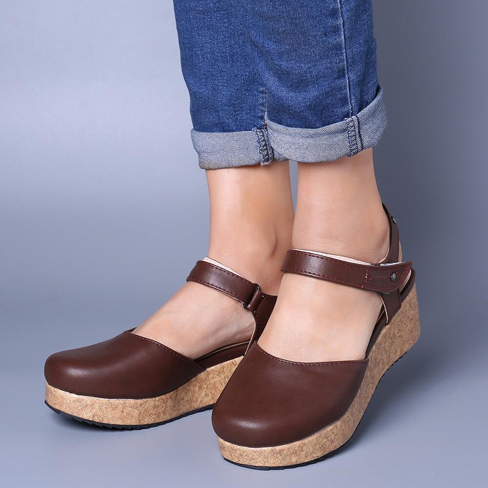 Large Size Vintage Closed Toe Hook Loop Platform Sandals