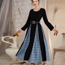 Kleid mit Kontrast Karo Muster und Guertel