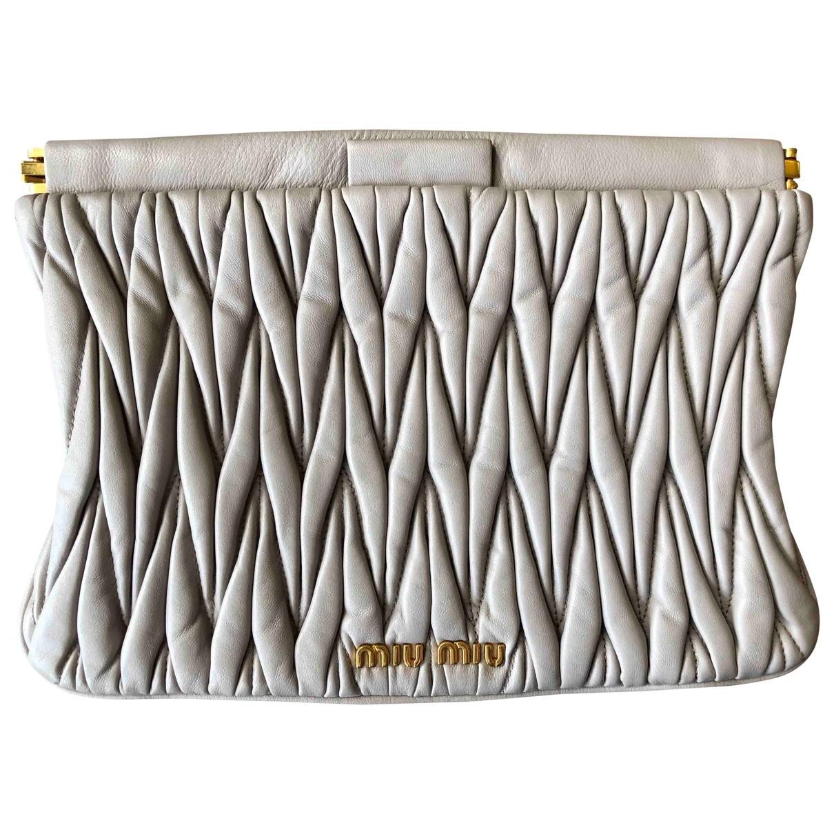 Miu Miu Matelassé Grey Leather Clutch bag for Women \N