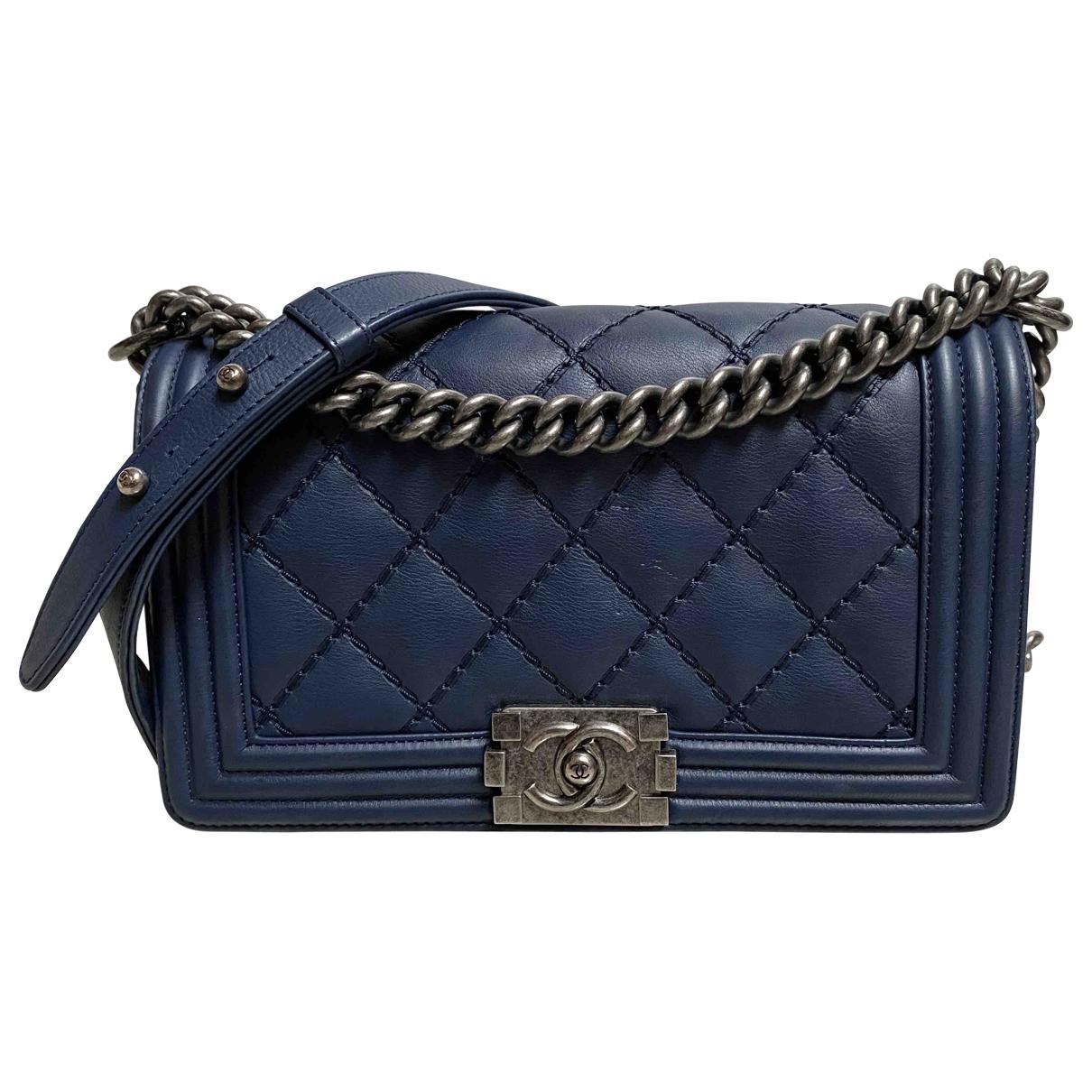 Chanel Boy Handtasche in  Marine Leder