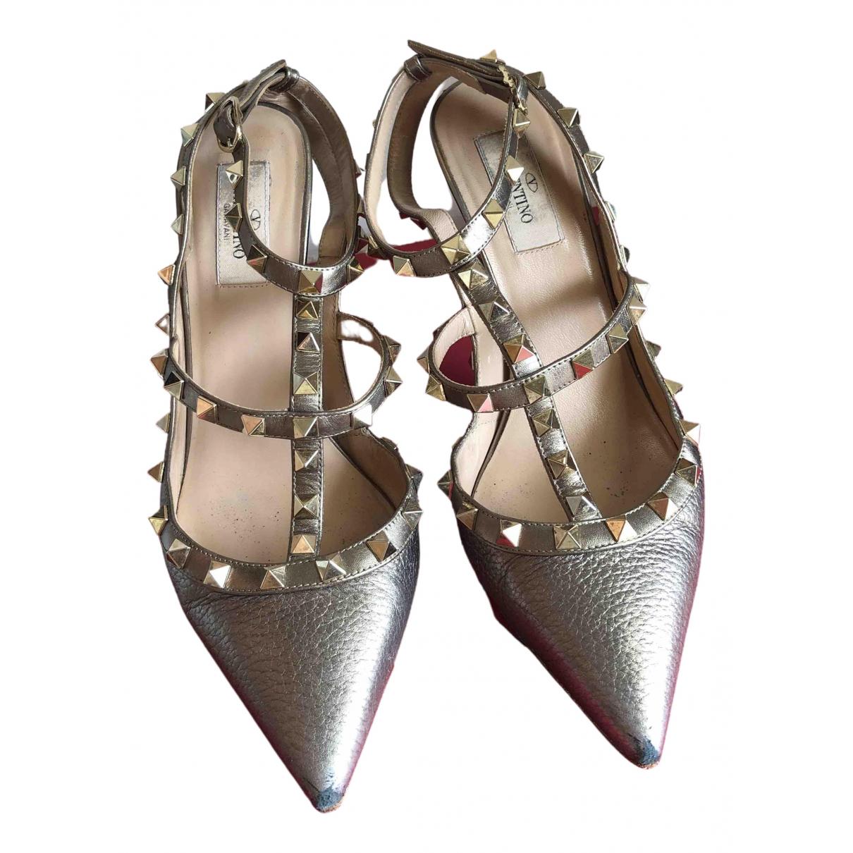 Valentino Garavani Rockstud Gold Leather Heels for Women 39 EU