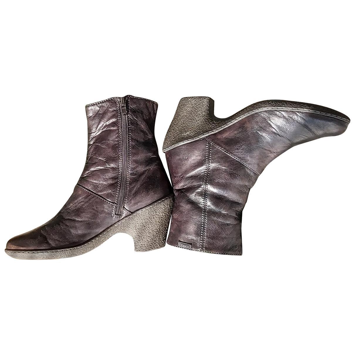 Camper - Boots   pour femme en cuir - gris