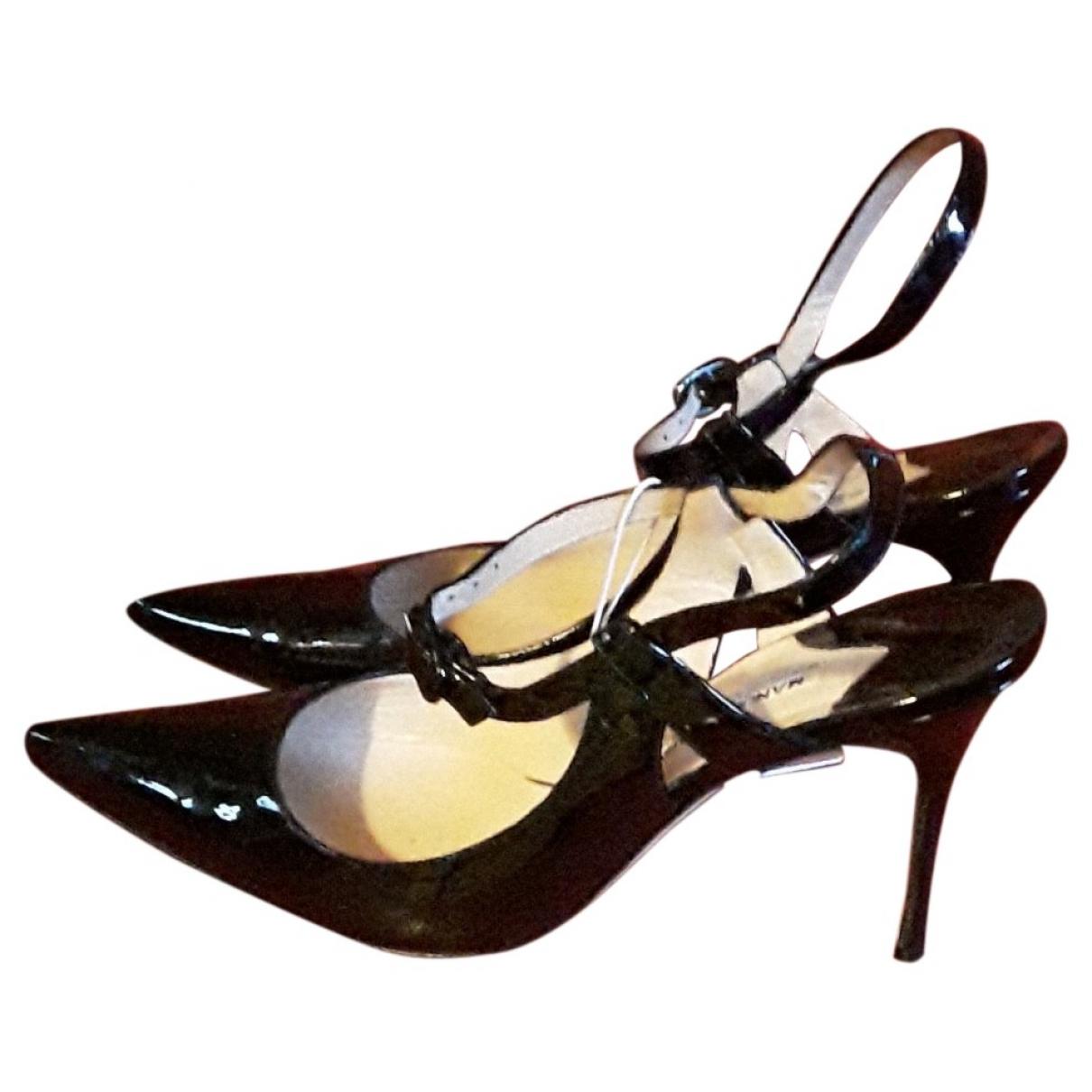 Manolo Blahnik - Escarpins   pour femme en cuir verni - noir