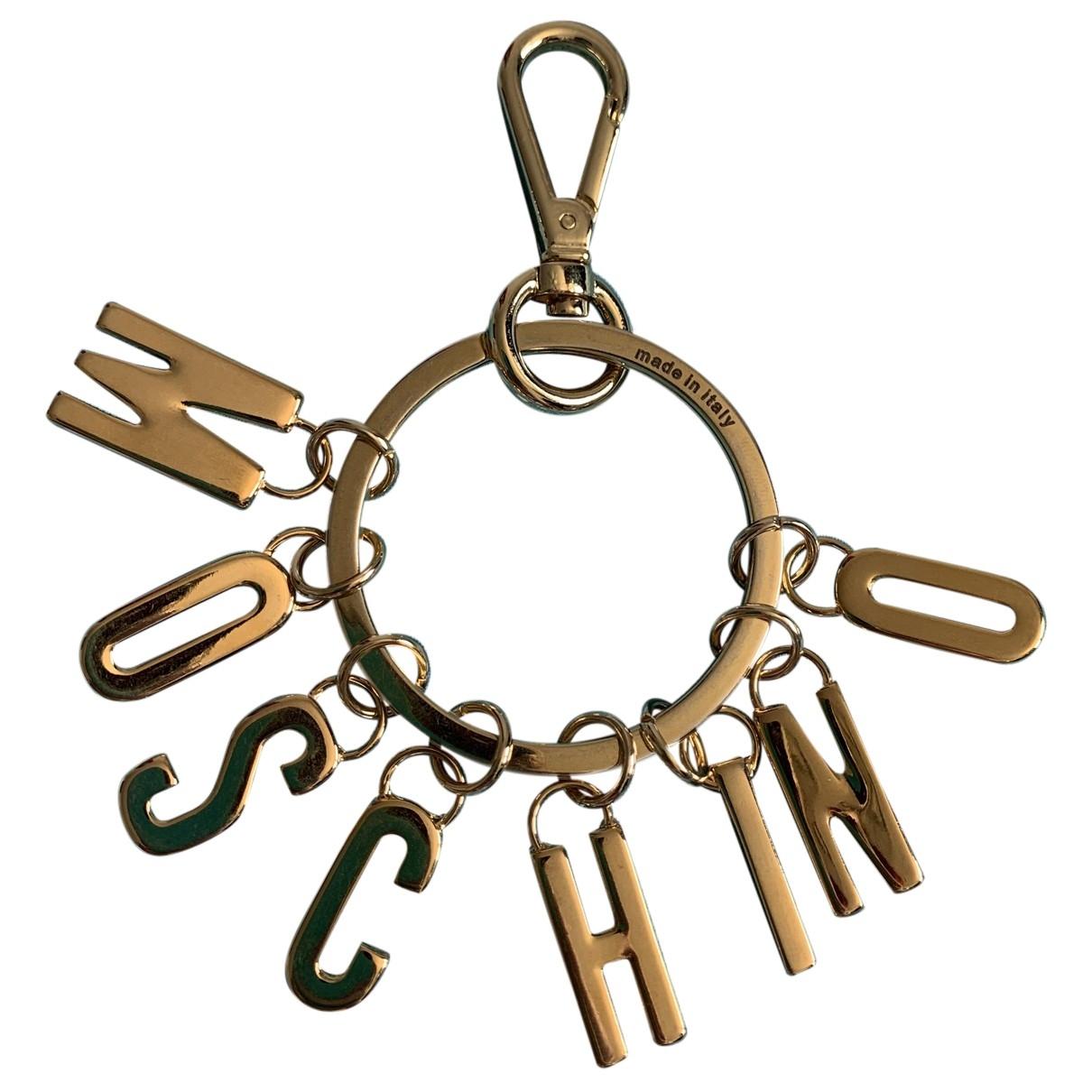 Moschino \N Taschenschmuck in Metall