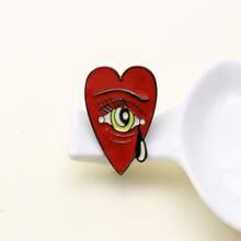 Kreative Brosche mit Herzen Design