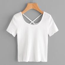 T-Shirt mit Kreuzgurte hinten