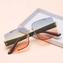 Rahmenlose Sonnenbrille mit getonten Linsen
