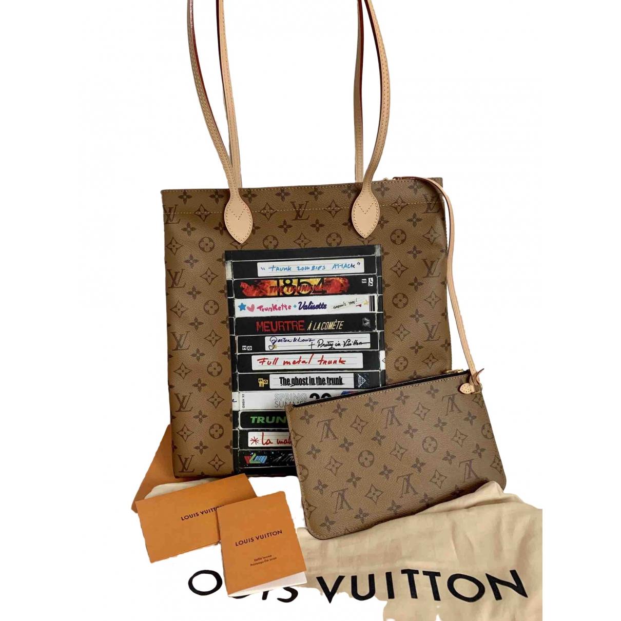 Louis Vuitton Carry it Brown Cloth handbag for Women \N