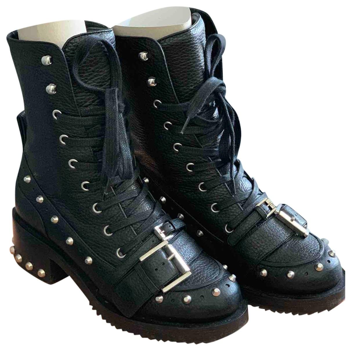 N°21 - Boots   pour femme en cuir - noir