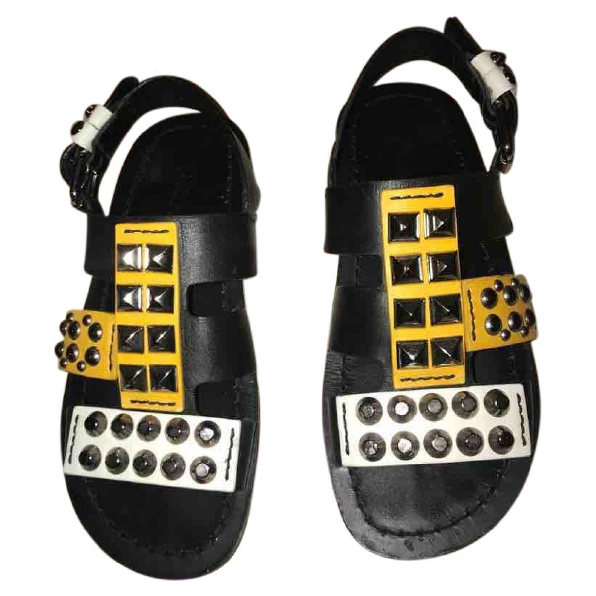 Prada \N Black Leather Sandals for Women 37 EU