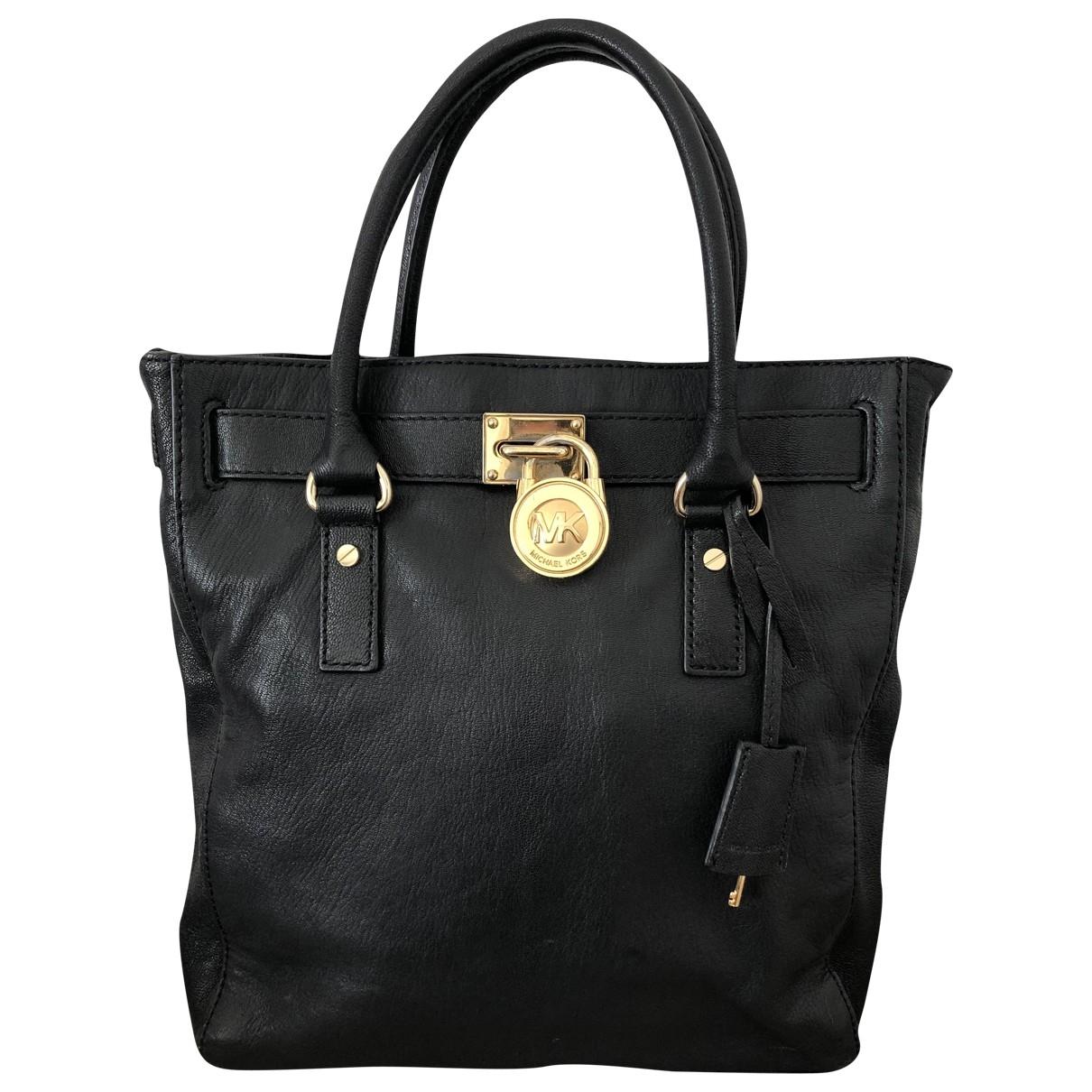 Michael Kors Hamilton Handtasche in  Schwarz Leder