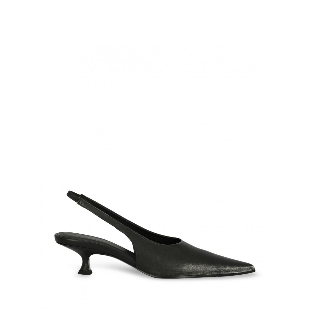 Sandalias de Cuero Mm6