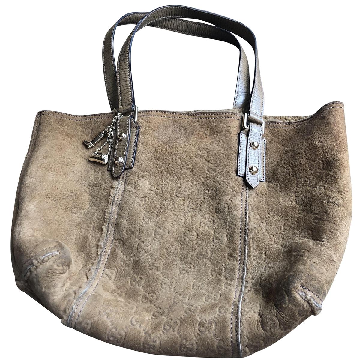 Gucci \N Handtasche in  Beige Schaf