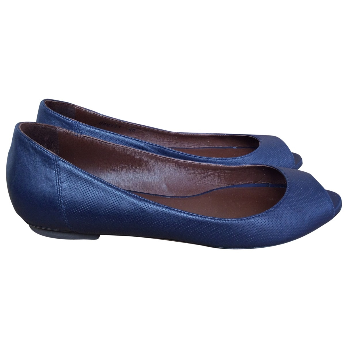 Bruno Magli \N Blue Leather Ballet flats for Women 40 EU