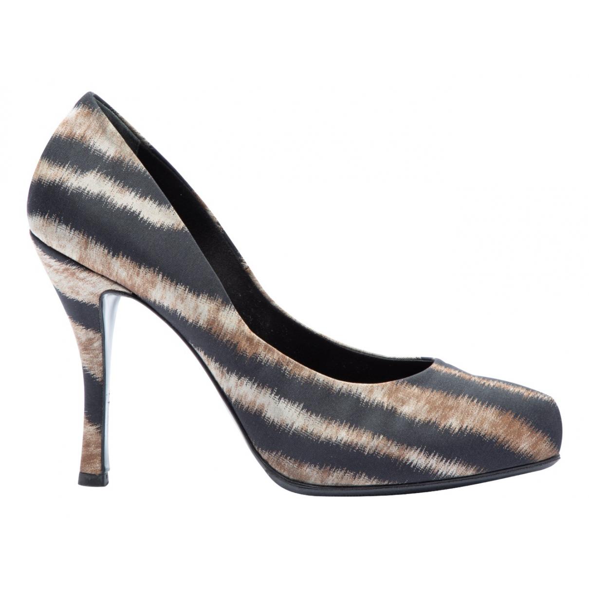 Roger Vivier \N Multicolour Cloth Heels for Women 37 EU