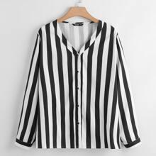 Bluse mit Knopfen vorn und Streifen