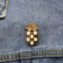 Brosche mit Kunstperlen Dekor und Ananas Design