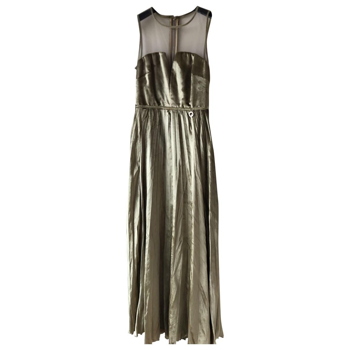 Mangano \N Kleid in Samt