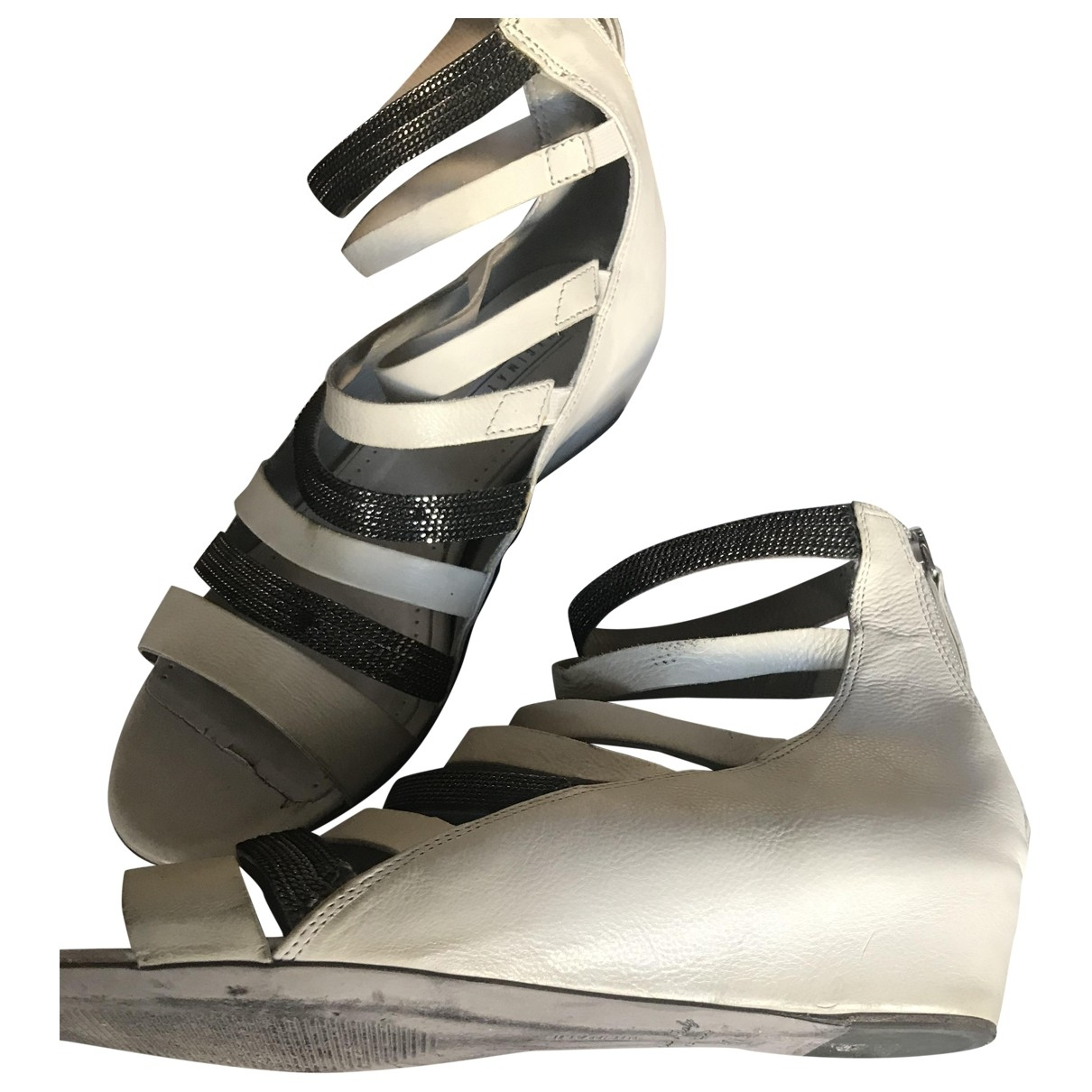 Non Signé / Unsigned \N Grey Leather Sandals for Women 37.5 EU