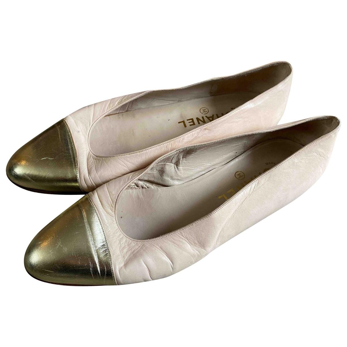 Chanel \N Ballerinas in  Beige Leder