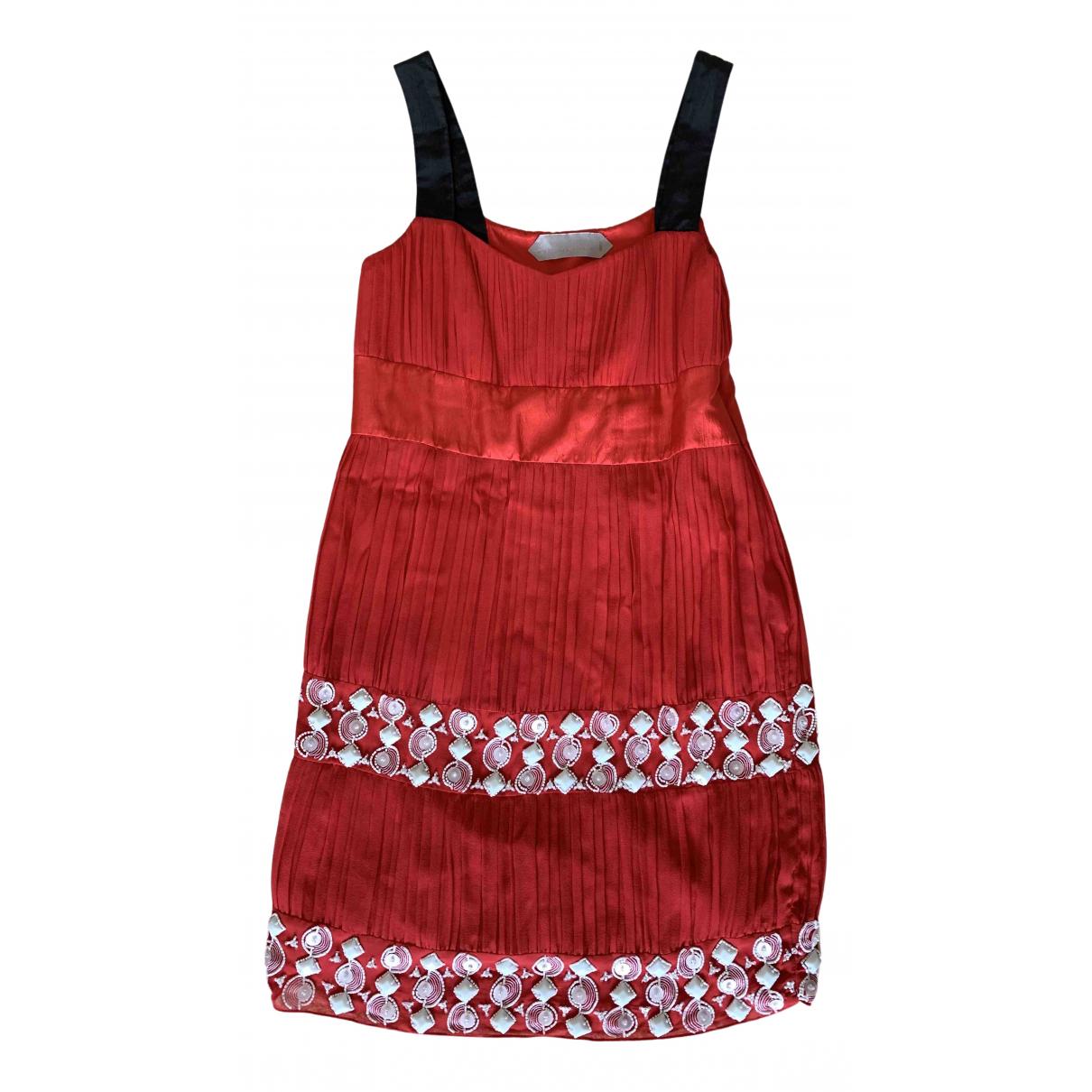 Schumacher \N Kleid in  Rot Seide