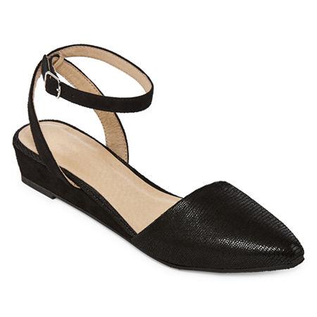 CL by Laundry Womens Gunner Ballet Flats, 7 Medium, Black