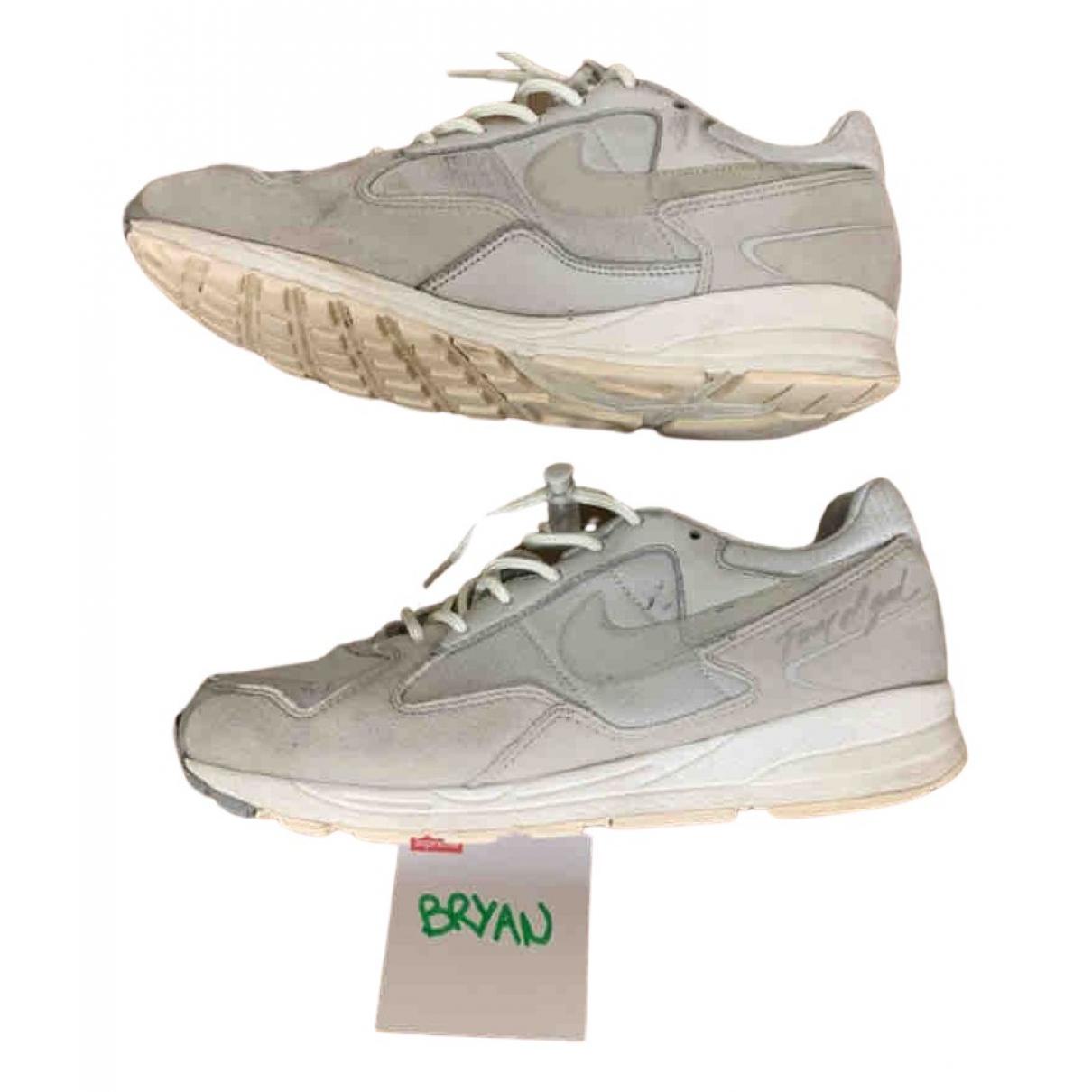 Nike X Fear Of God Air Skylon 2 Sneakers in  Beige Lackleder