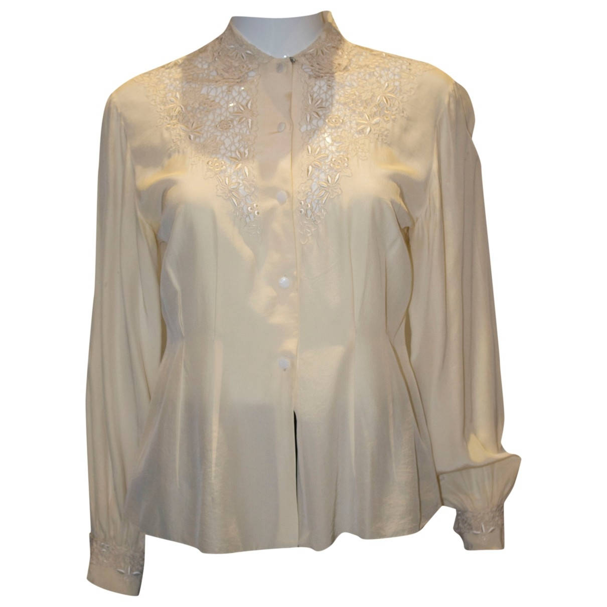 Non Signé / Unsigned \N Beige Silk  top for Women S International