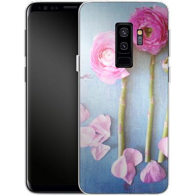 Samsung Galaxy S9 Plus Silikon Handyhuelle - Cottage Flowers von Joy StClaire