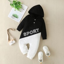 Baby Boy Two Tone Letter Graphic Hooded Jumpsuit
