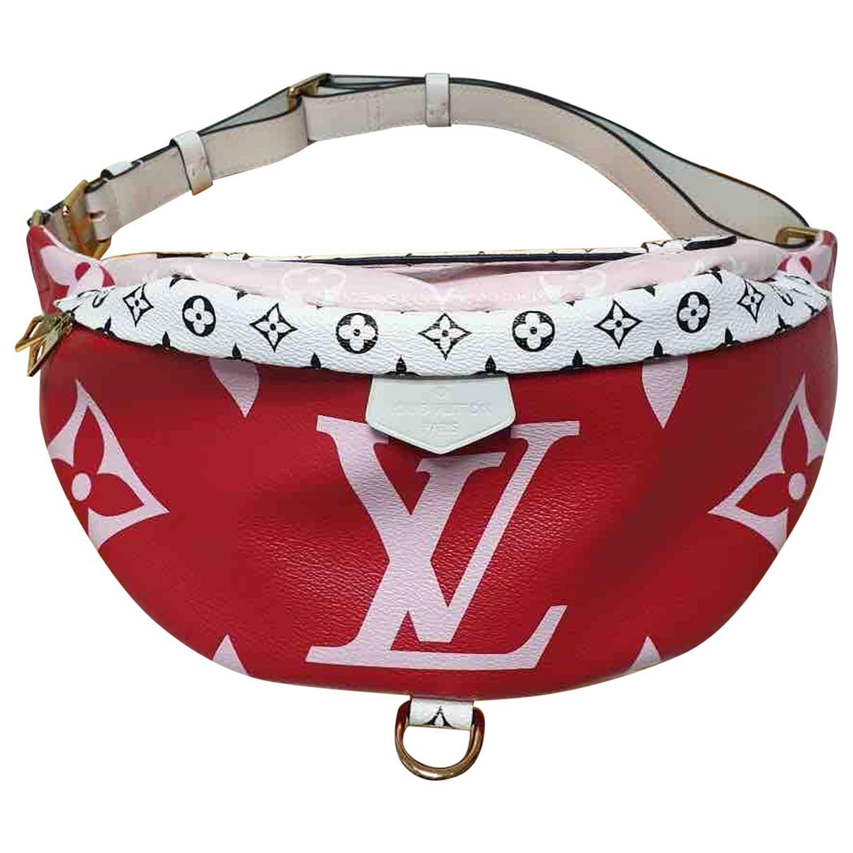 Louis Vuitton Bum Bag / Sac Ceinture Clutch in  Rot Leinen