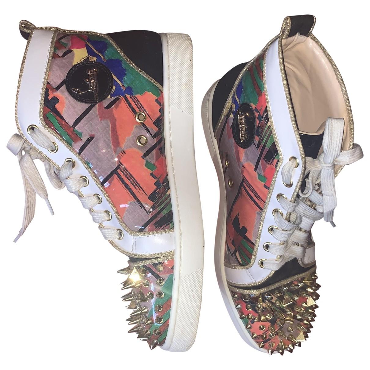 Christian Louboutin \N Sneakers in  Lila Lackleder