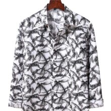 Hemd mit Feder Muster und Knopfen vorn