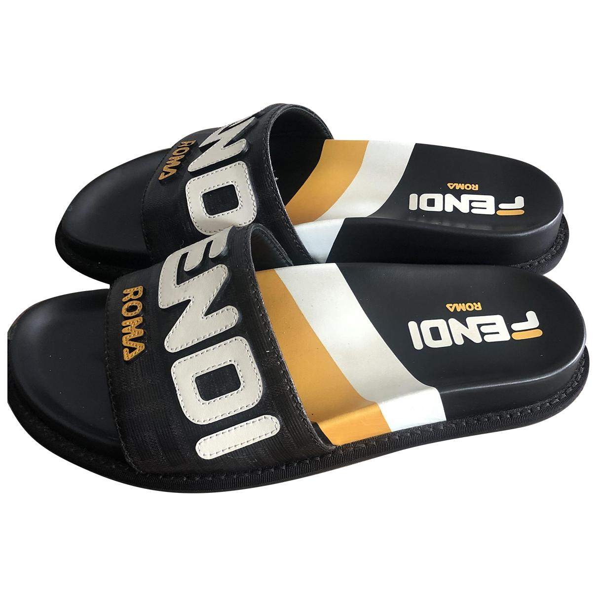 Fendi \N Black Rubber Sandals for Women 38 EU