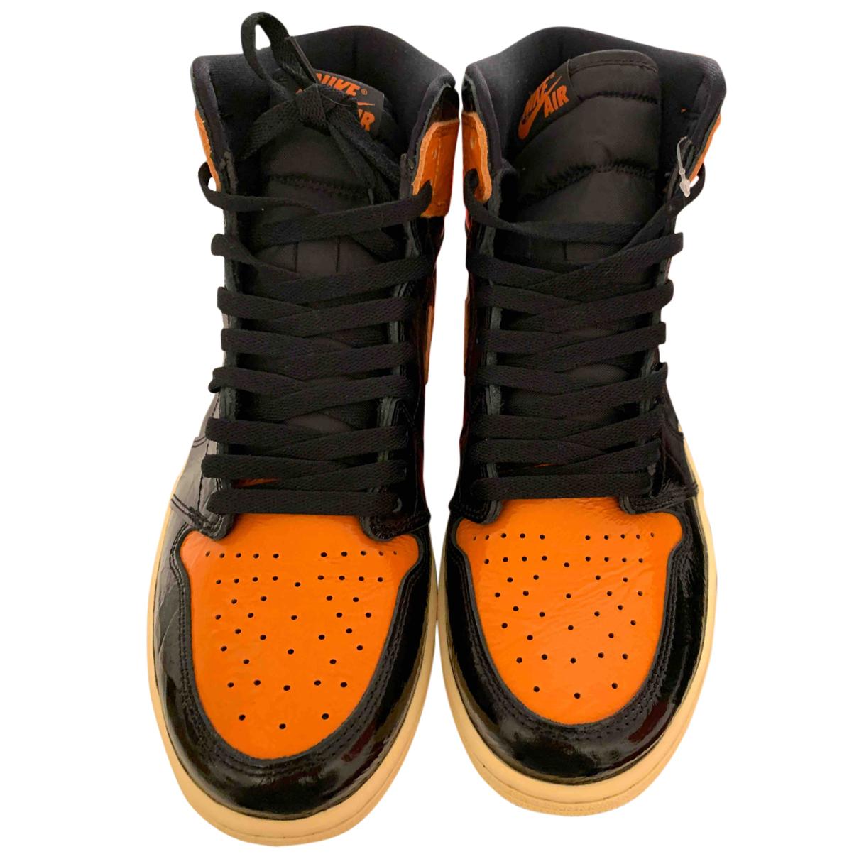 Jordan Air Jordan 1  Sneakers in  Schwarz Lackleder