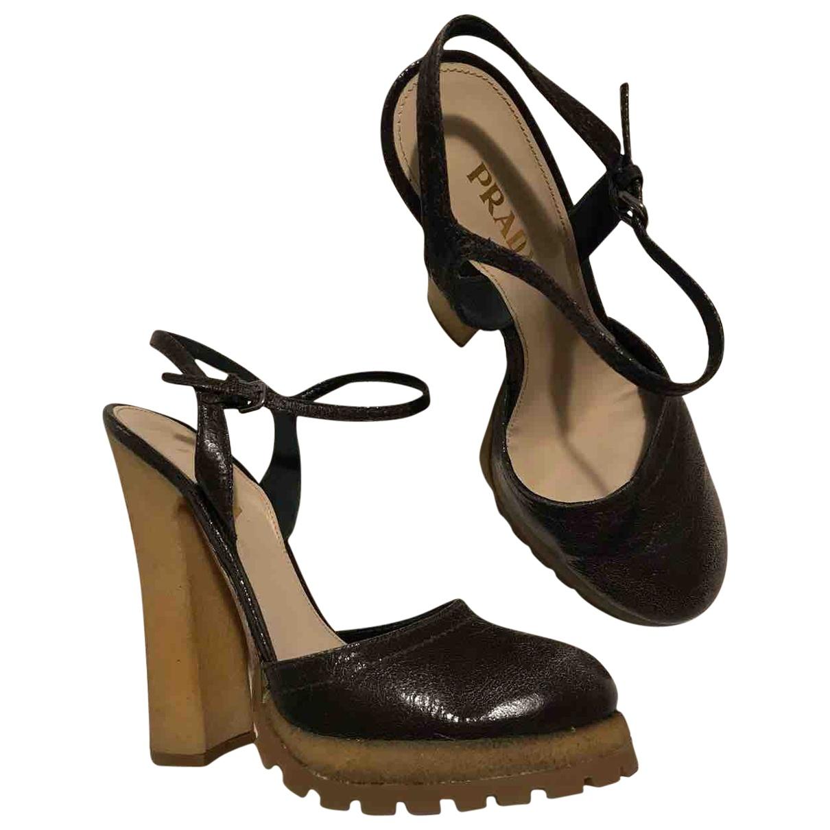 Prada - Sandales   pour femme en cuir - marron