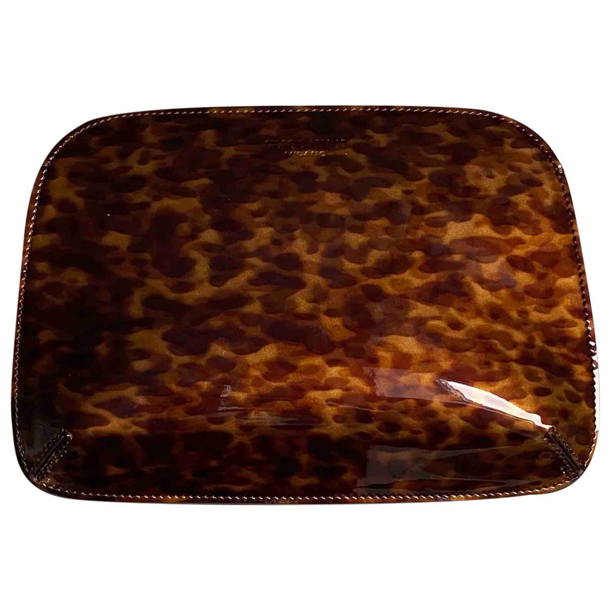 Giorgio Armani \N Brown Clutch bag for Women \N