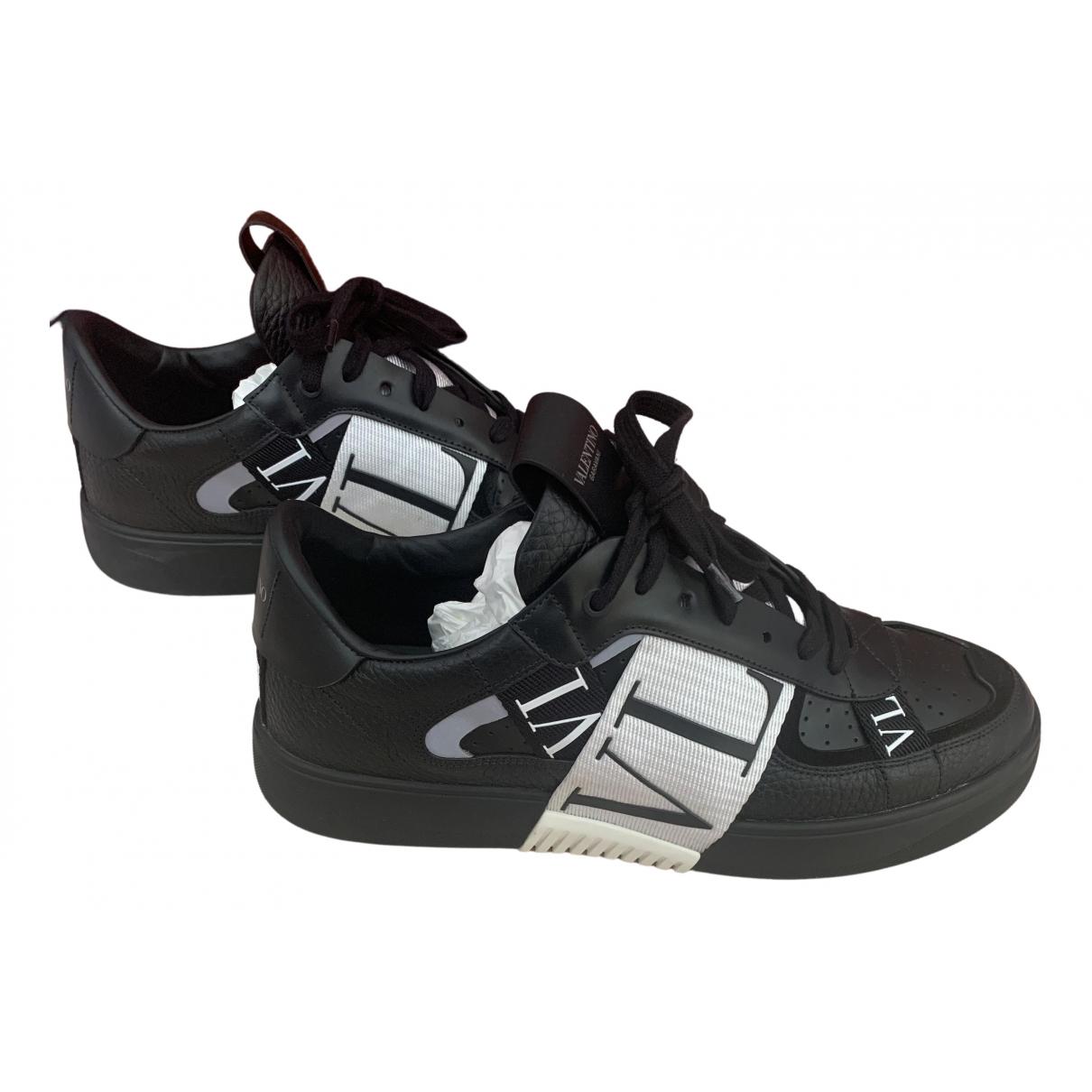 Valentino Garavani \N Black Leather Trainers for Men 42.5 IT