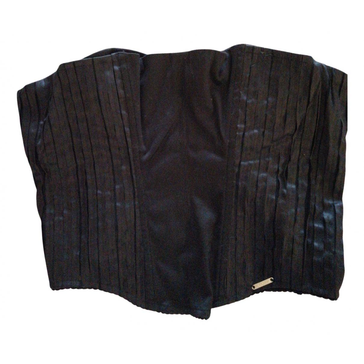 Top en Algodon Negro Byblos